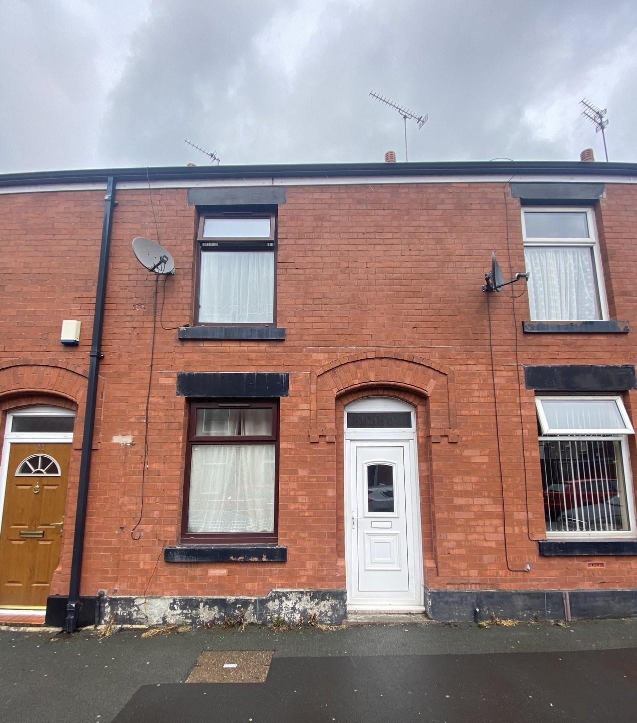 Davyhulme Street, Rochdale OL12 9BW