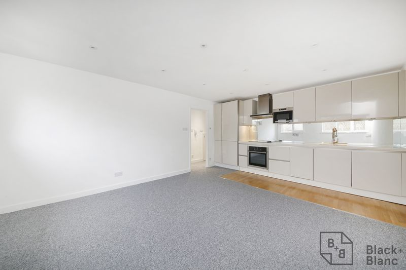 1 bedrooms Flat for sale in Thornton Heath | Estate Agents in Wimbledon and Croydon.