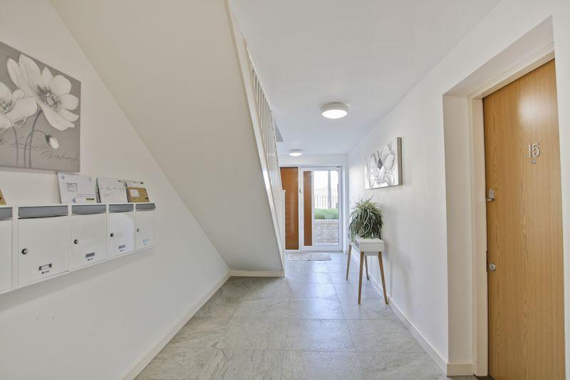Flat 19 Rennets Wood Road, Top Floor Apartment, Eltham SE9