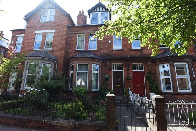 5 Bedrooms Property for sale in Warwick Road, Carlisle