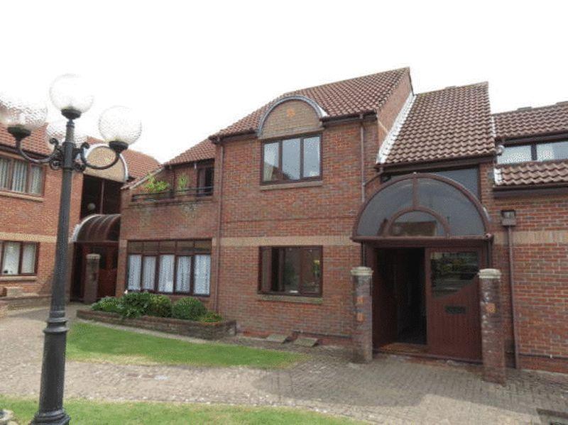 2 Bedrooms Property for sale in Bush Court, Bristol