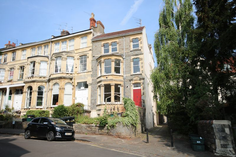 2 Bedrooms Property for sale in Royal Park, Clifton, Bristol