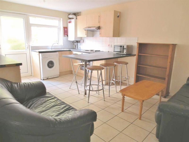 Broadfields, Brighton property to let in Moulsecoomb, Brighton by Coapt