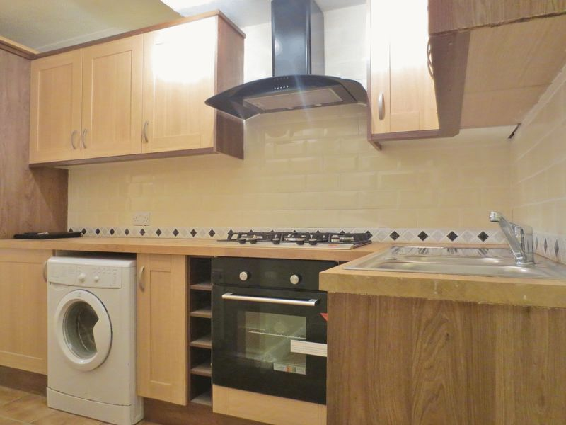 Gladstone Place, Brighton property to let in Lewes Road South, Brighton by Coapt