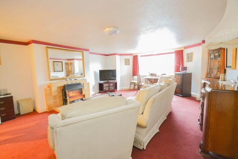 Apartment 3- Lounge
